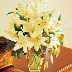 Send bouquet of white lilies in Ukraine > FTD in Ukraine | Lily bouquet catalogue of Flowers Ukraine