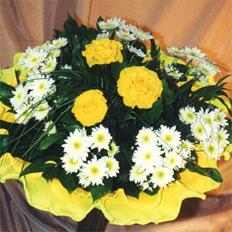 Send bouquet Sphinx | 3 roses and 7 chrysanthemums to ,  Ukraine